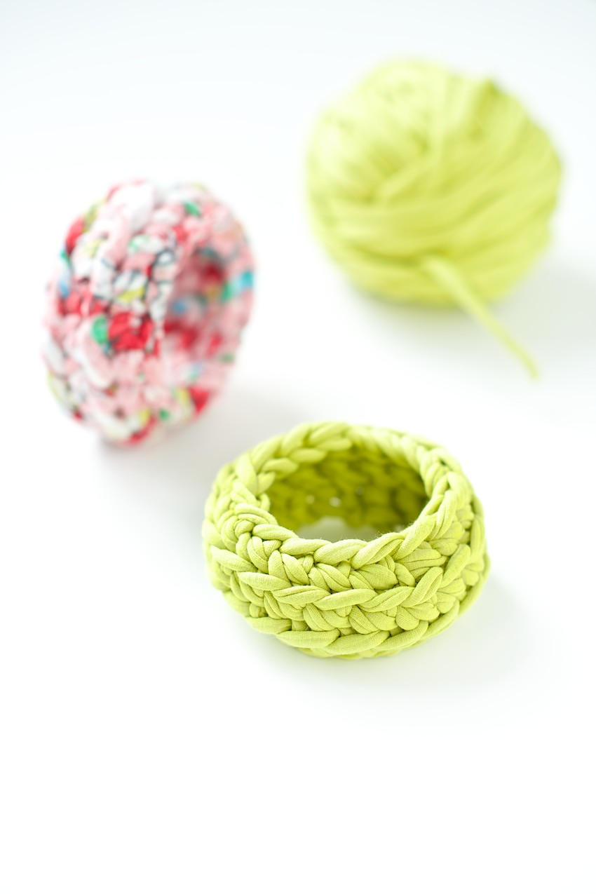 crochet bangle tutorial by lebenslustiger.com