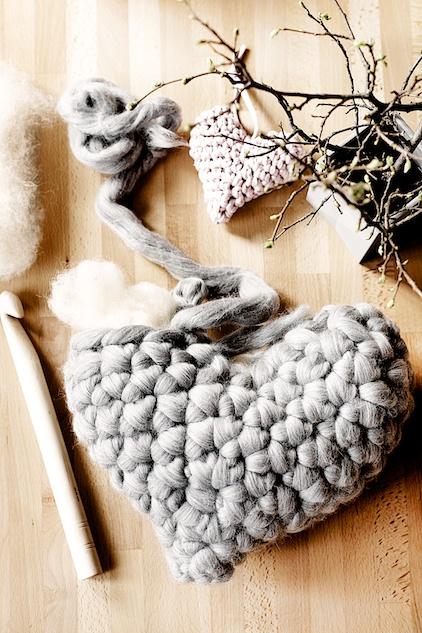 Коренастый крючком сердце подушку учебник lebeslustiger.com, Herzhäkelkissen По Безопасности И Уходу