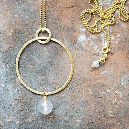 gold necklace with rose-quartz, Goldkette mit Rosenquarzanhänger